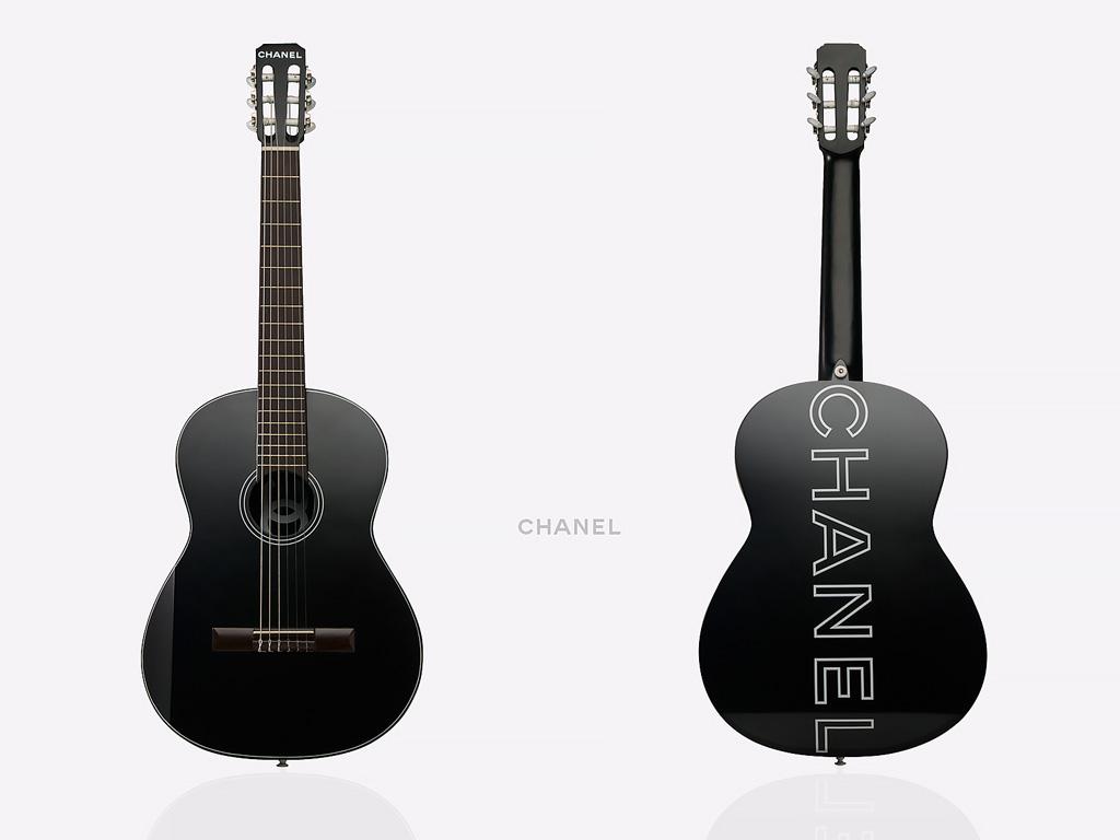 guitar_2sides_cc